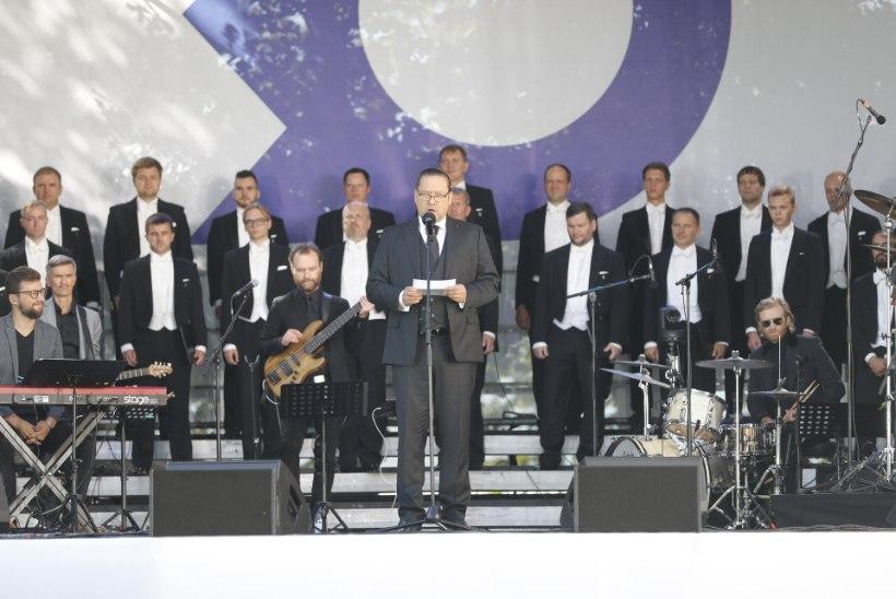 """GALERII   30 AASTAT VABADUST! Pidupäevakontserdil """"Naise vaim ja vägi"""" esinesid Eesti kõige säravamad naisartistid"""