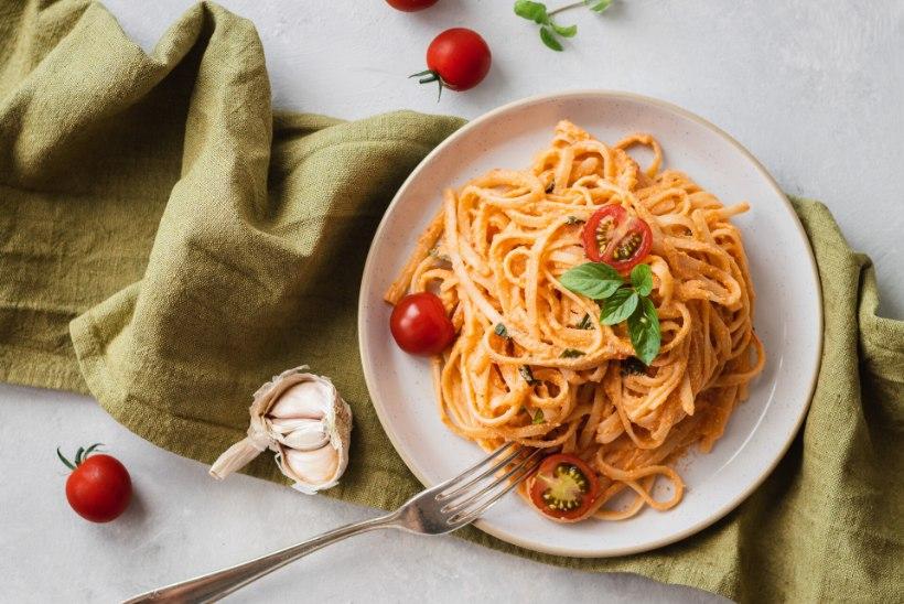 TAIMNE PÄEVARETSEPT | Kreemine tomati-basiilikupasta