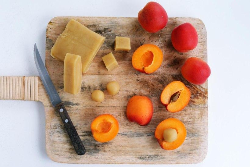Samm-sammult | Peidetud martsipaniga aprikoosikook