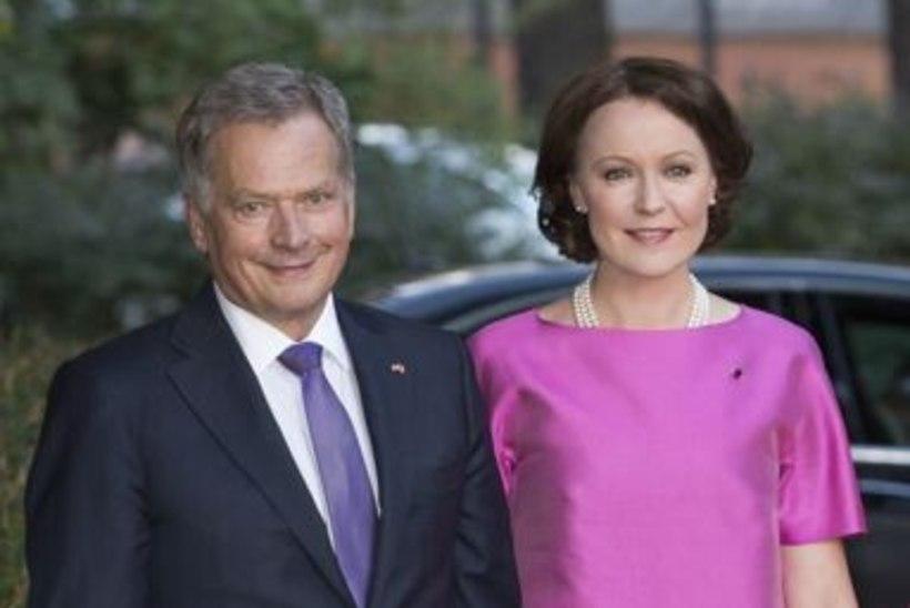 Soome presidendipaar võttis vähki surnud lemmiku asemele haruldase kutsika