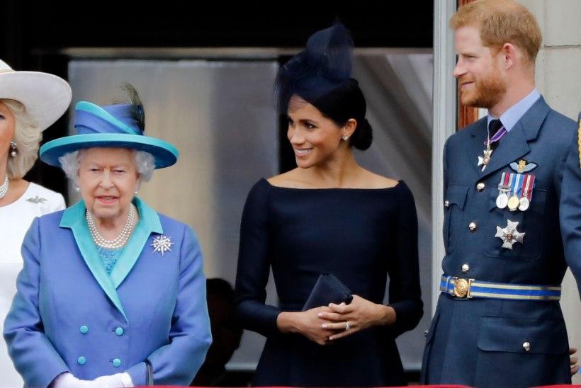 EI MINGIT VIMMA! Kuninglik pere eesotsas Elizabeth II-ga soovib Meghanile õnne