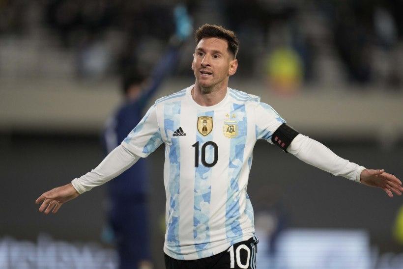 Messi tegi uhke kübaratriki ning möödus legendaarsest Pelest