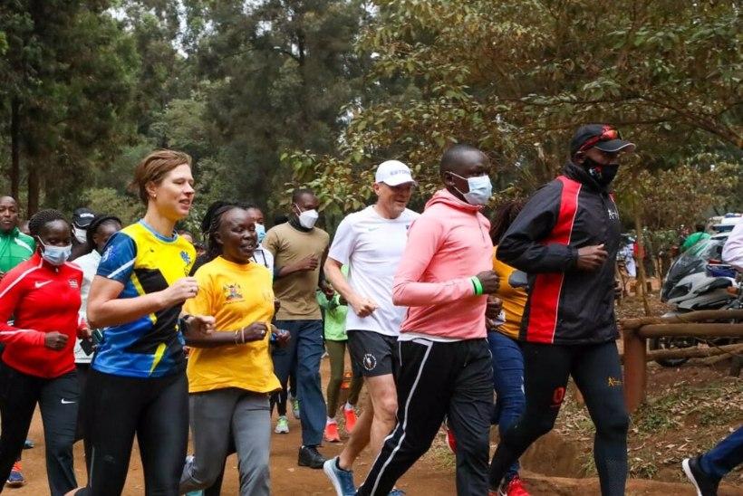 Eesti president käis jooksmas Keenia maailmameistrite ja olümpiahõbedatega