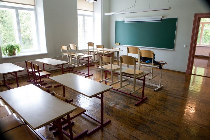 Audru kool jääb nädalaks distantsõppele: kõik õpetajad on haiged ja pooled õpilased lähikontaktsed