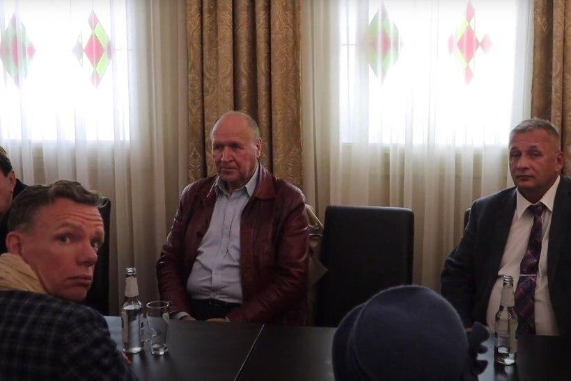 Kremlimeelsed Mart Helmele: teeme siis koostööd? Mart Helme kremlimeelsetele: jah!