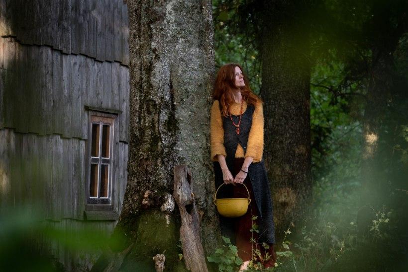 Loodushaldjas Reti Toriella teeb surnud metsloomadest ja -lindudest amulette