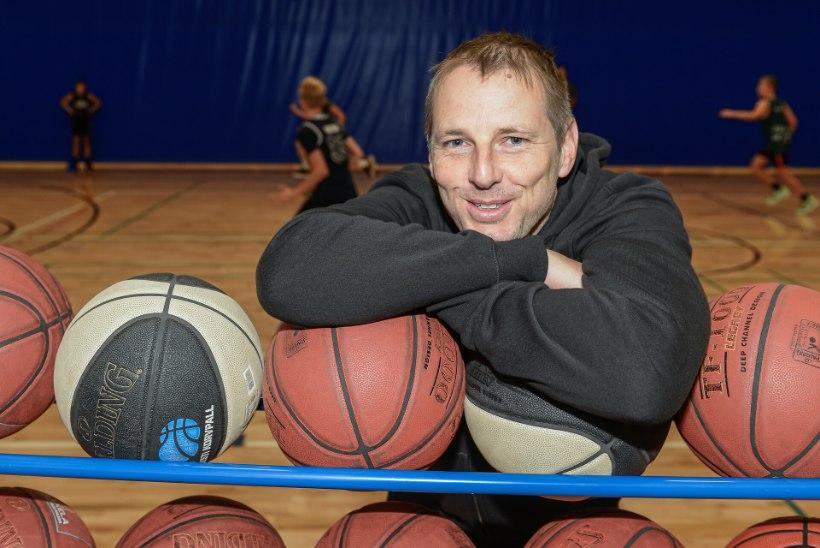 Rahulikust elust ja rannaäärsest majast unistanud USA korvpallidoktor vormib nüüd Tartus kuldset põlvkonda