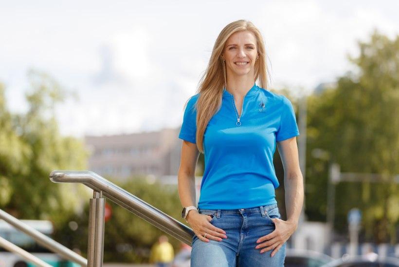 Esmakordselt jalgpallimatši väisav Katrina Lehis jagas Eesti koondisele väärt näpunäiteid