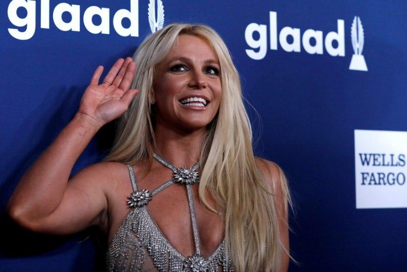 Britney on Instagramis tagasi, kuid tema kontol toimuvad kahtlased lood!