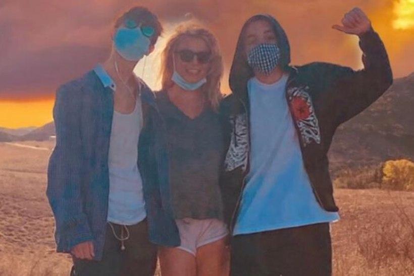 Uhke emme Britney Spears õnnitles poegi sünnipäeva puhul