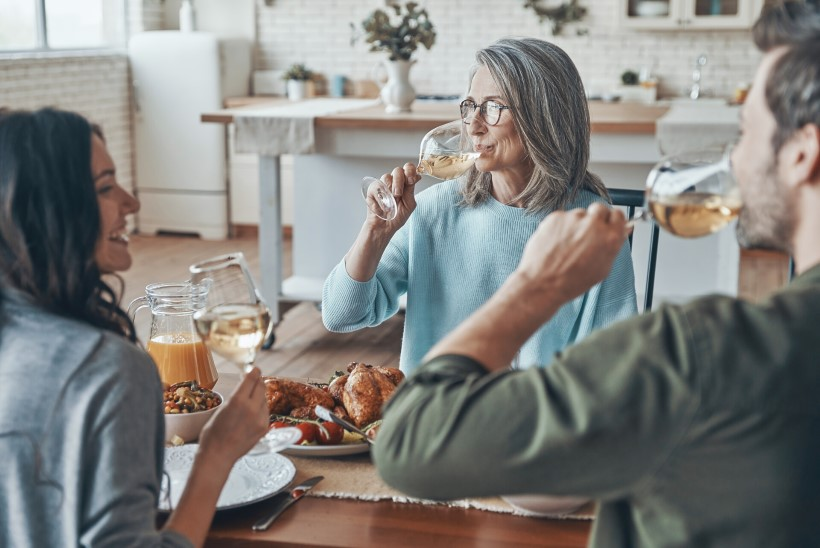 Millised veinid sobivad õhtusöögi juurde? Aga mida mekkida desserdi kõrvale?