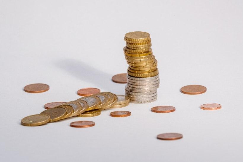 Lugejakiri | Eks võtab elatisraha makstes allkirja ja tahab sendi täpsusega raha tagasi