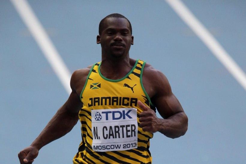 Londoni olümpial maailmarekordi püstitanud Jamaica sprinter lõpetas karjääri