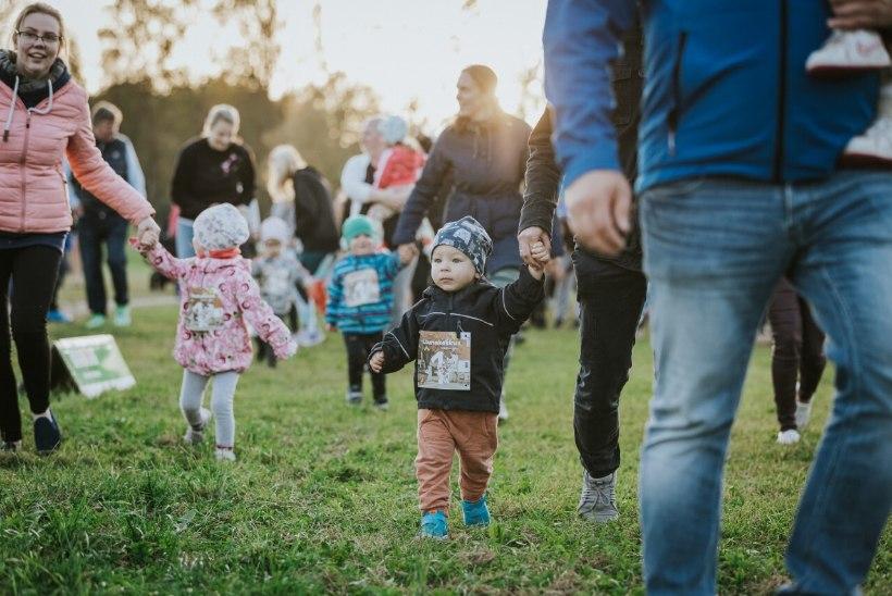 TartuLinnamaratoni lastejooksud toimuvad maratonimelu keskel