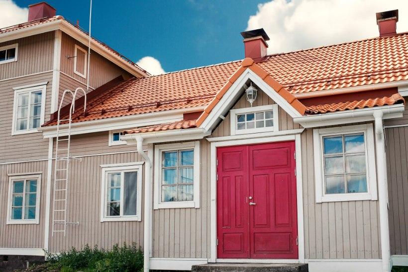 Lainelistest betoonkividest on saanud üks soodsamaid katusematerjale Eestis