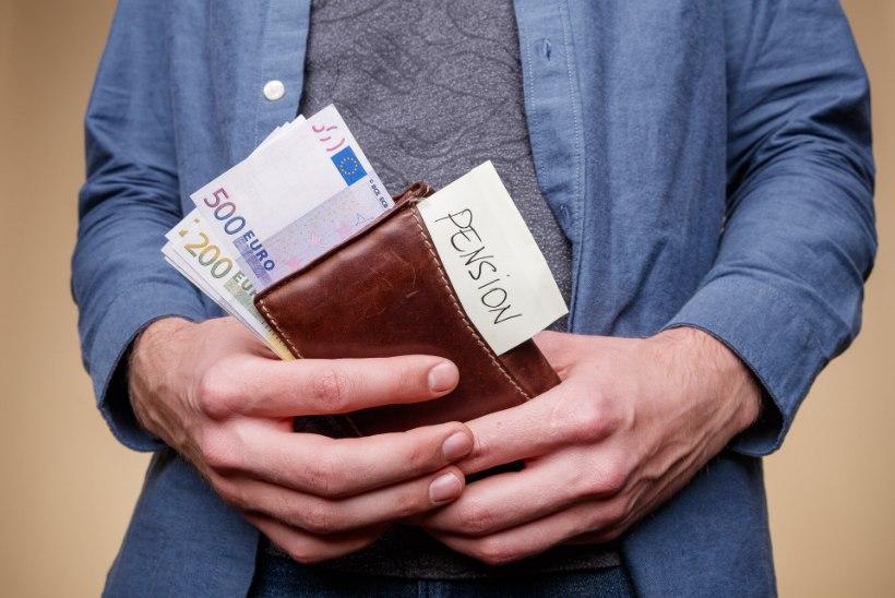 Fondijuht   Riik astus pensionisambaga kaks korda sama reha otsa