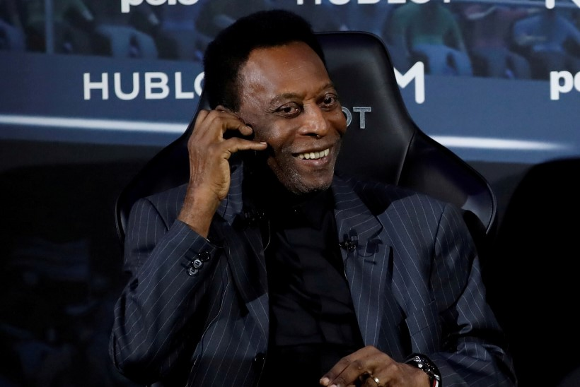 80aastane Pelé viibib kuuendat päeva haiglas, jalgpallikuningal eemaldati kasvaja