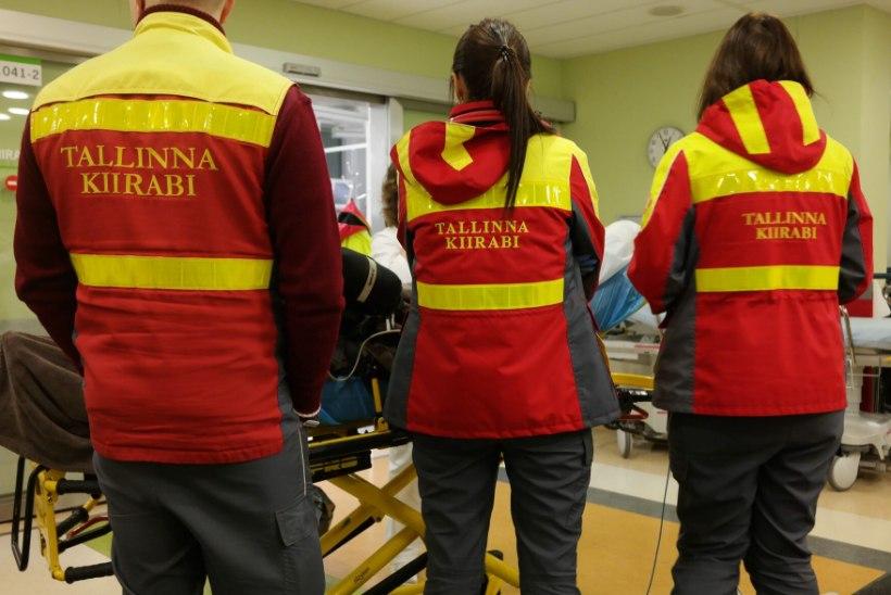 Kohus arutab vaktsineerimata Tallinna kiirabi töötajate kaebust
