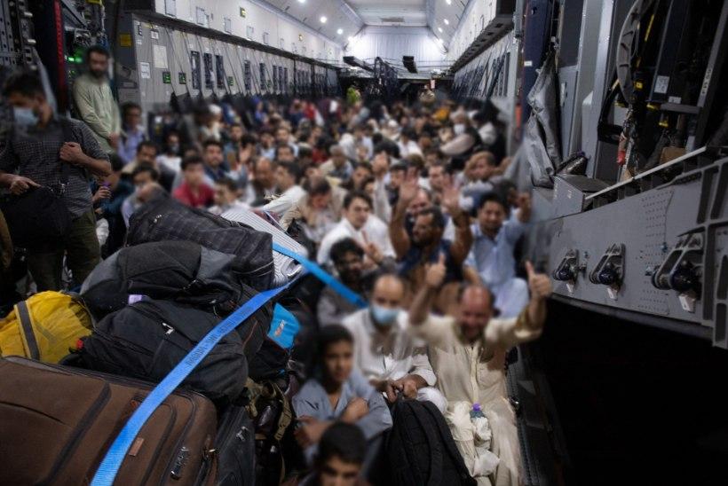 Kabuli operatsiooni telgitagused: kuidas Tallinnast telefoni teel afgaani põgenike evakuatsiooni korraldati