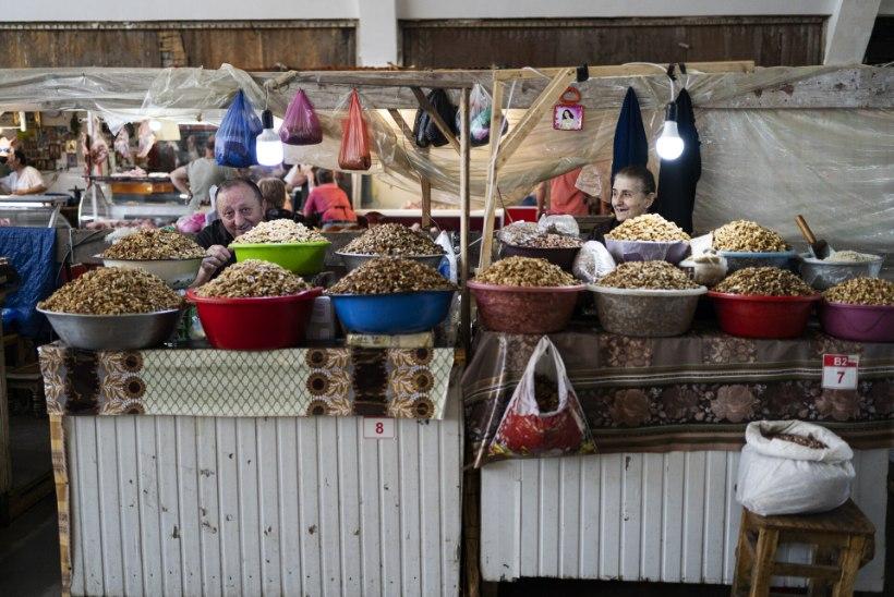 VEGANINA ÜMBER MAAILMA   Kui eestlased ei saa läbi kartulita, siis Gruusias kõlab ood Kreeka pähklitele