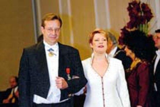 Evelin Int-Lambot ja Toomas Hendrik Ilves abiellusid