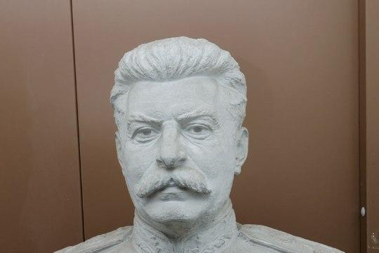 Politsei: kes varastas Stalini büsti?
