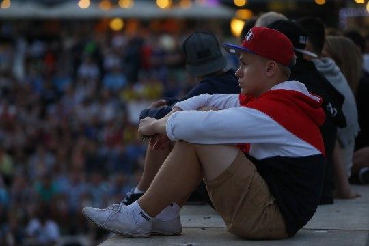 FOTOD: Vabaduse väljakul vaatas 7:1 mängu mitusada inimest
