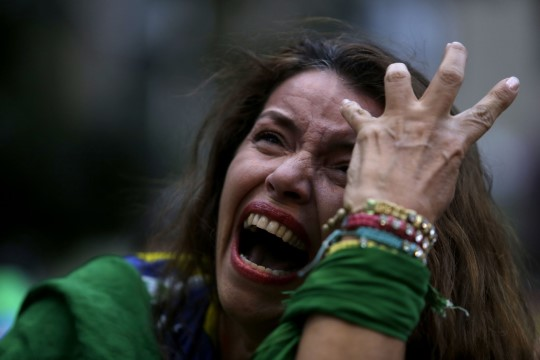 GALERII: Terve Brasiilia nutab - pisarad, ahastus, kurbus