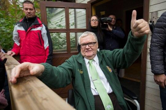 Rainer Vakra: Simsoni heitlus Savisaarega on Bingo Loto, kus võiduvõimalus imeväike