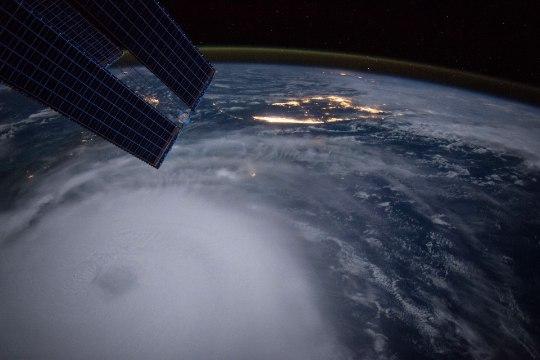 PILTUUDIS   Orkaan Joaquin kosmosest vaadatuna