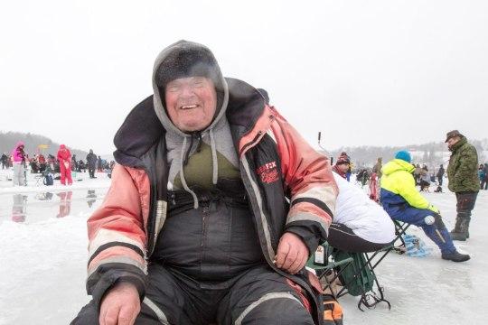 """Viljandi """"Kalafest"""": inimesi jää peal rohkem kui jää all kalu"""