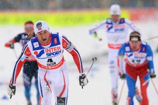 GALERII: uskumatu lõpu teinud Petter Northug pani Norra peoks kujunenud MMile kuldse punkti