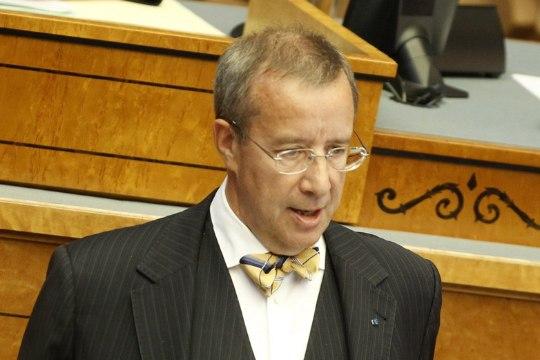 President Ilves: Riigikogu ja peagi ametisse astuvat valitsust ootab ränk töö