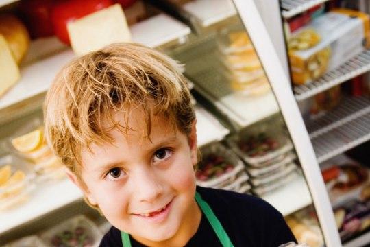 Muna lisamine beebi menüüsse varakult ei vähenda hilisemat allergiariski