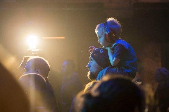 GALERII | Väikesed fännid rokkisid Metsatöllu kontserdil