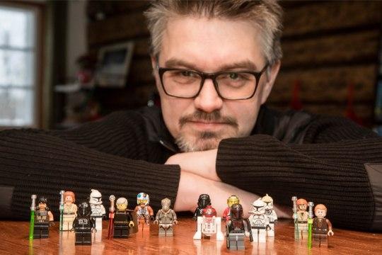 Lego klotsidest ehitamine arendab lapsi ja võlub ka täiskasvanud fänne