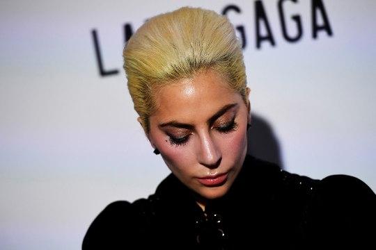 Vägistatud Lady Gaga kannatab traumajärgse stressi all