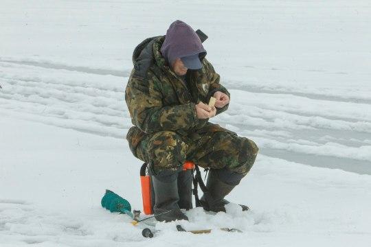 Jää on õrn, aga kalamehed trügivad merele