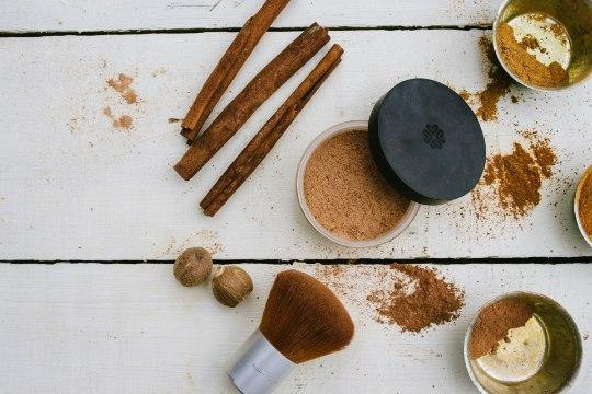 Tee ise kosmeetikat! Puuderda ennast kakao ja kaneeliga!