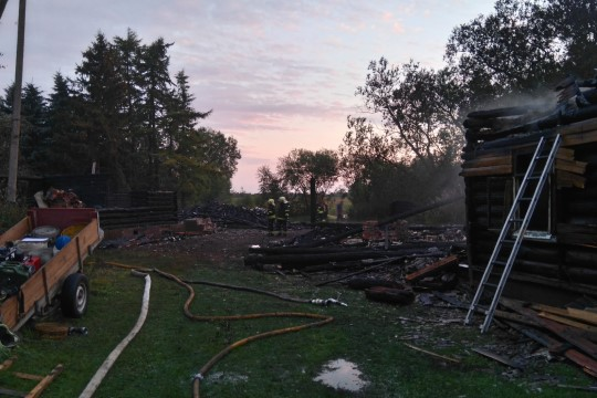 Telerit vaadanud naine märkas tulekahju alles siis, kui maja oli juba leekides…