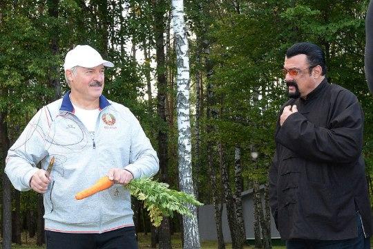 Lukašenka kiidab Medvedevi imelist dieeti