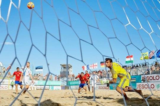Eesti rannajalgpallikoondis lõi Taanil puuri täis ning lõpetas valikturniiri ilusa võiduga