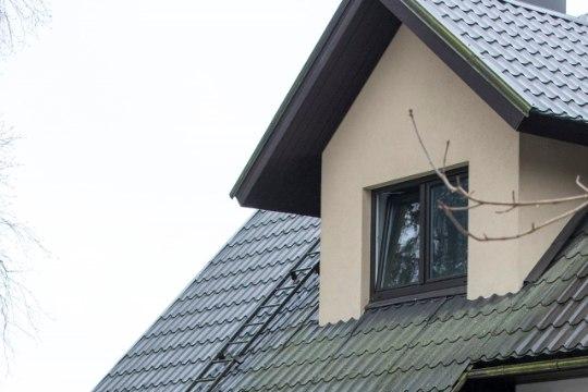 Pere ärkas keset ööd lapse nutu peale: maja oli täis musta suitsu!