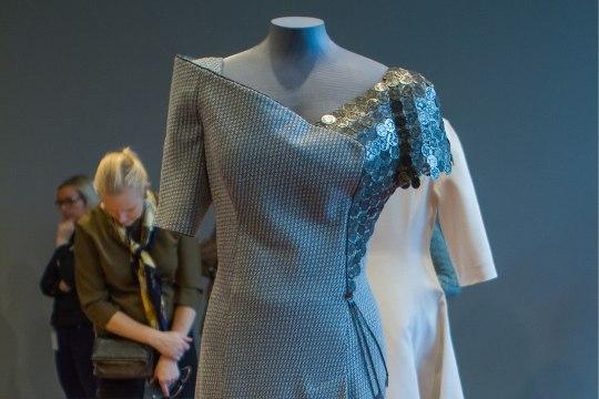 Eesti Rahva Muuseumis saab uudistada Evelin Ilvese vastuvõtukleite