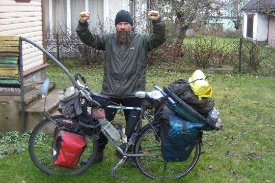 """""""Teele asudes olin ma jalgrattur, tagasi jõudes aga maailmarändur."""""""