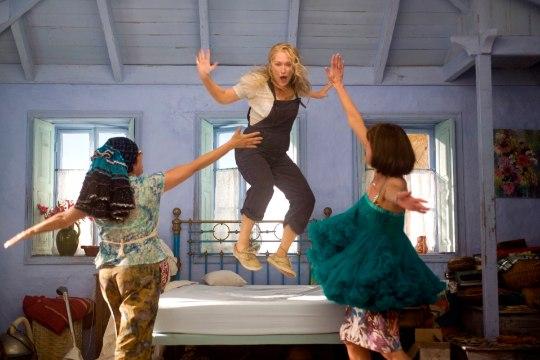 """Fännid paanikas: kas """"Mamma Mia!"""" järjefilmis on Meryl Streepi kehastatud peategelane manala teele läinud?"""