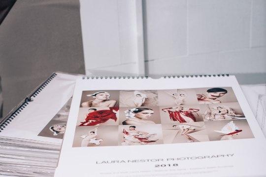 PILDID | Fotokunstnik Laura Nestor üllatas oma sõpru ja fänne vinge jõulukalendriga
