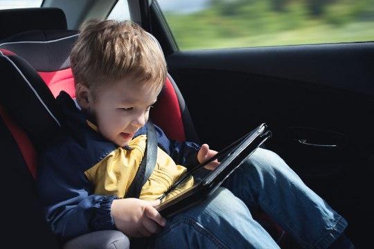 LAPSEGA REISILE: varu sõidu ajaks tegevust