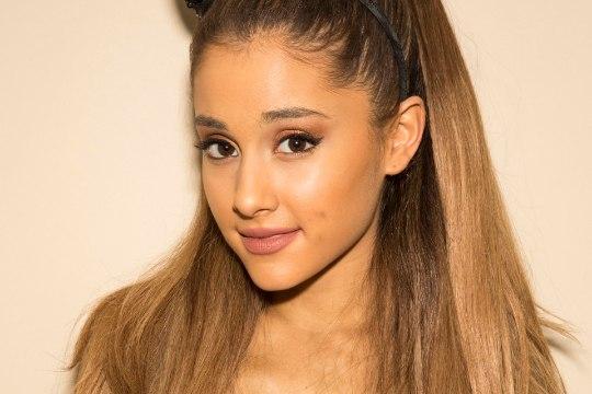 Briti telestaar Piers Morgan kritiseerib Ariana Grandet, kuna too ei külasta Manchesteri terrorirünnakus ellujäänuid