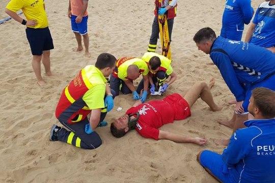 VIDEO | Liivale lebama jäänud rannakoondise väravavaht elas üle ehmatava vigastuse: osad lihased ei funktsioneeri siiani normaalselt